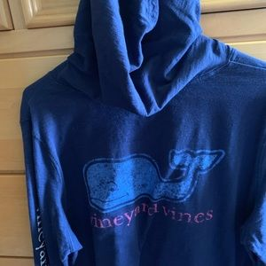 Long sleeve vineyard vines hoodie t-shirt